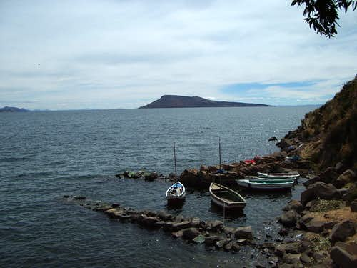 Fishing boats in Takile