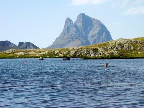 Swimming in the Ibones of...