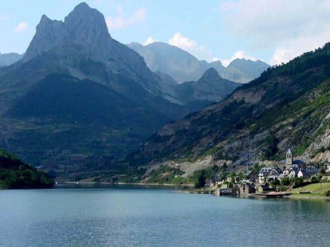 Reservoir of Lanuza