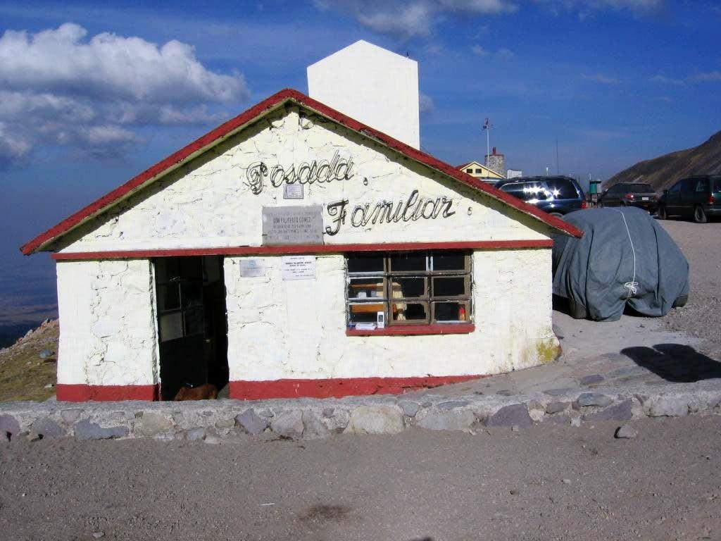 Toluca Hut (Posada Familiar)