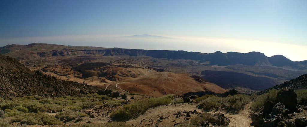 View across the Cañadas del Teide towards Gran Canaria