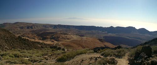 View across the Cañadas del Teide towards Gran Canaria