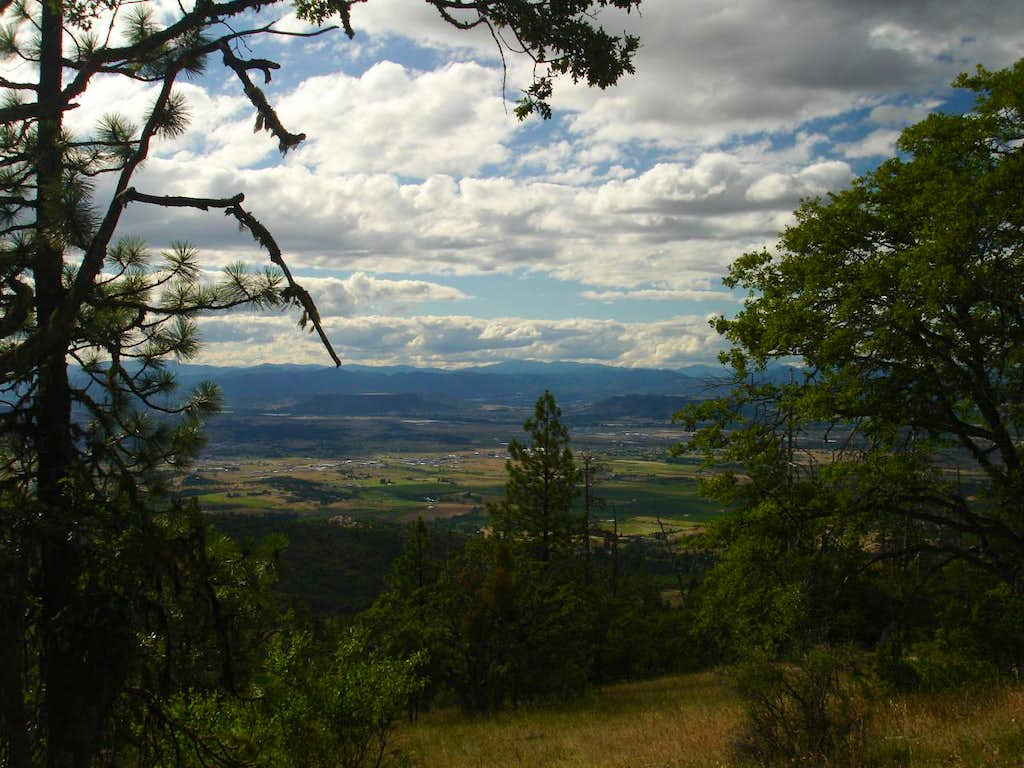 View coming down the Ponderosa Trail