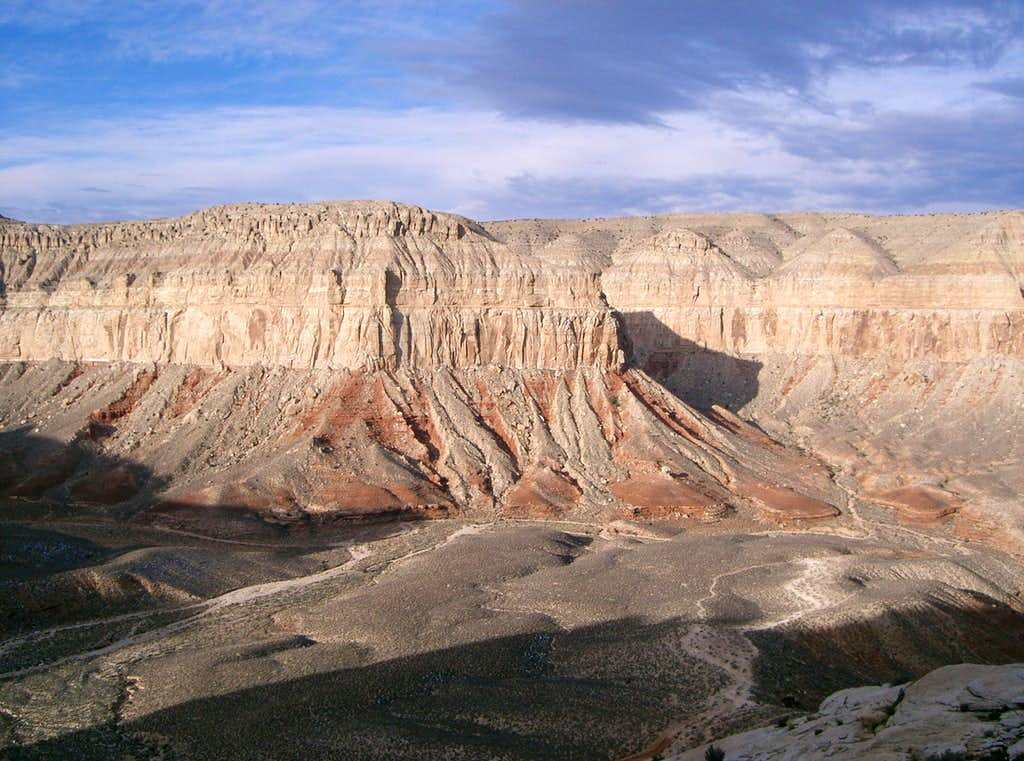 Descending into Hualapai Canyon