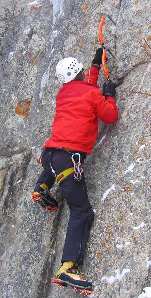 Drytooling= Rock Crack and Sharp Objects
