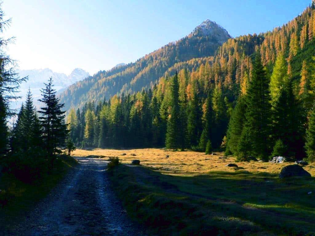 Autumn in Val di Contrin