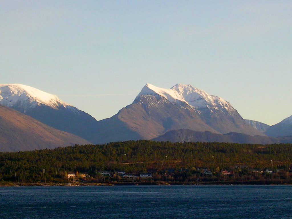 Norwegian Peaks