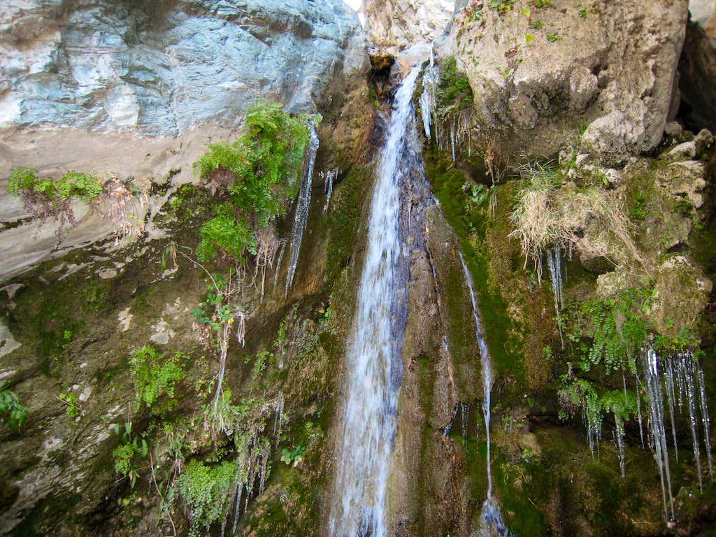 Rappel in Allison Gulch, San Gabriel Mountains
