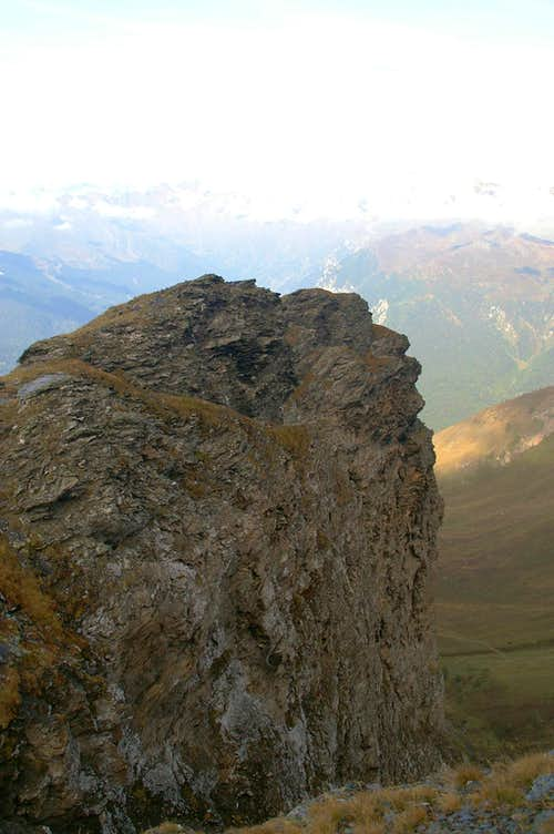 The somewhat exposed west ridge above Schloßtal Valley