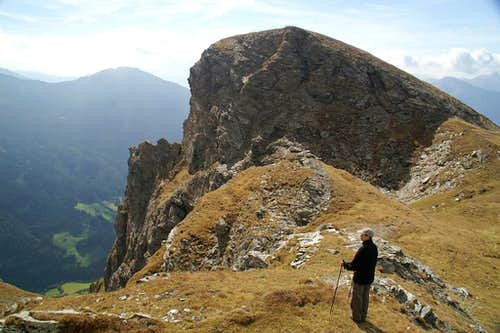 On the ridge right in front of Riedspitze