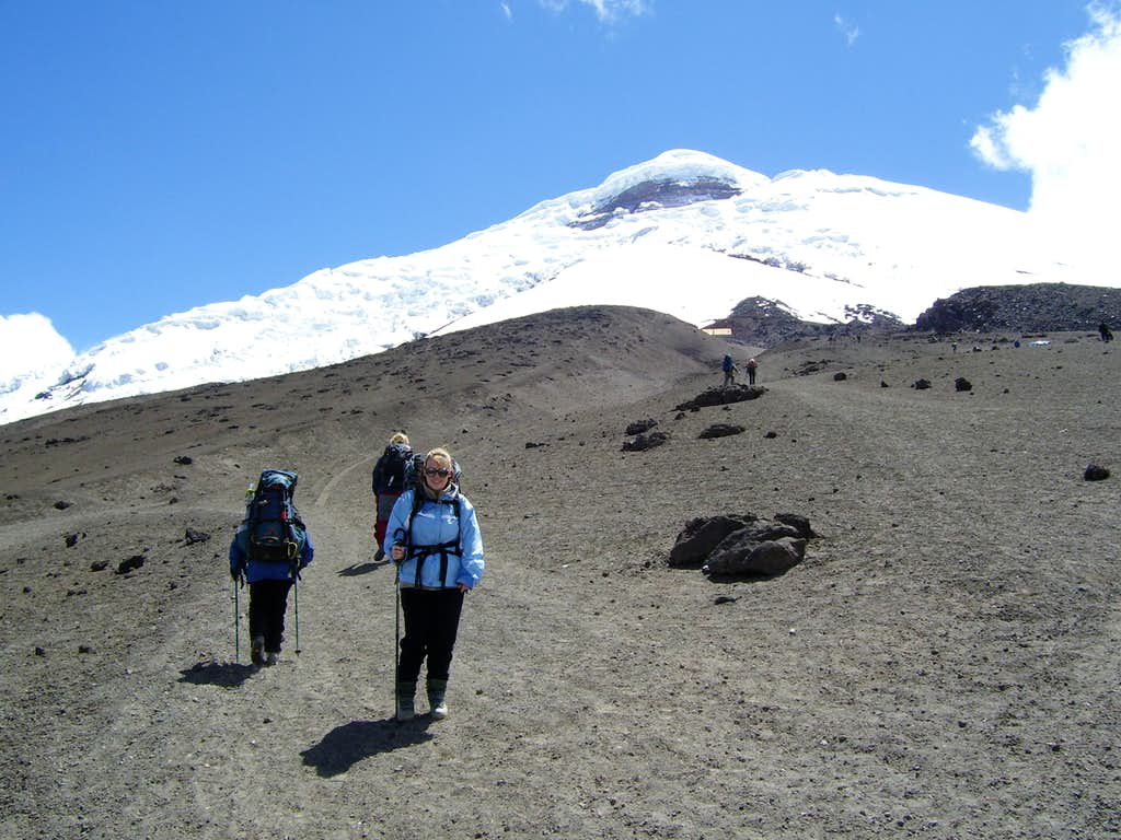 Hiking to the Cotopaxi Hut