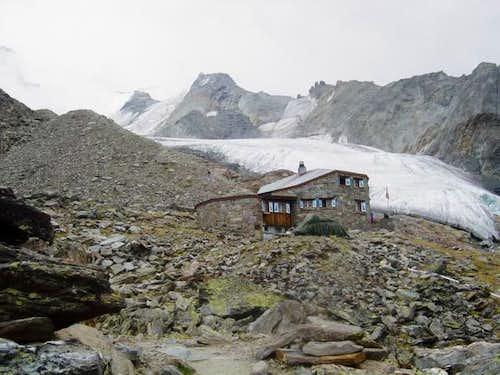 The Dom hut