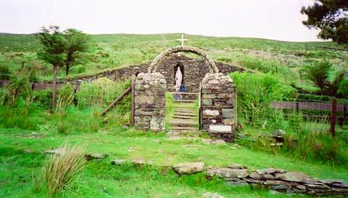The Grotto near the An...