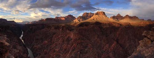 Sunset below Horseshoe Mesa