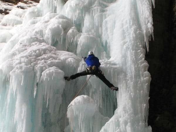 Canadian Rockies Ice Climbs