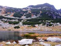 Pietrele lake