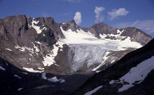 Kleiner Muntanitz (left of...