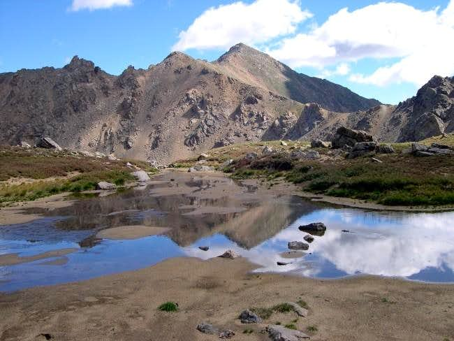 Casco Peak (13,908-ft)- photo...