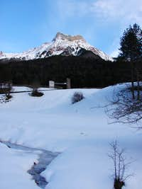 Castillo de Acher in winter