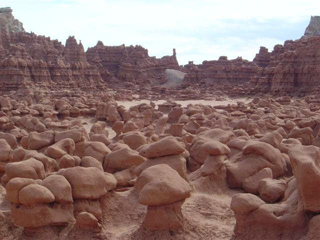 What do Hoodoos?