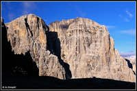 Curtain of Dolomite