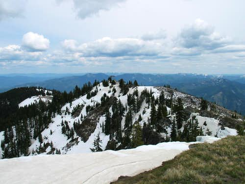 Twin Crags from Latour Peak