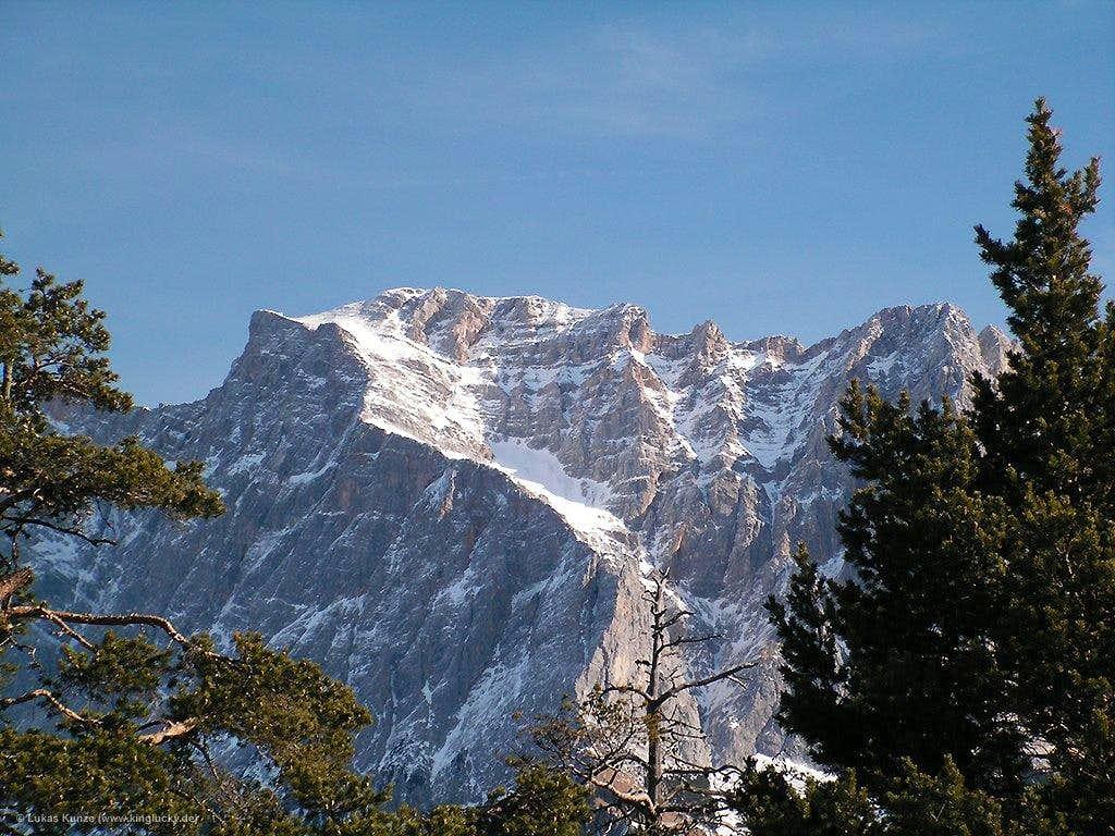 Sunny Zugpitze