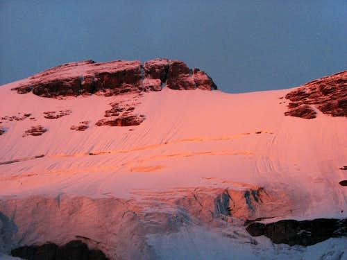 5AM on Athabasca's North Glacier