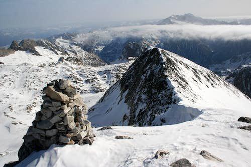 East ridge and East summit of Perdiguero
