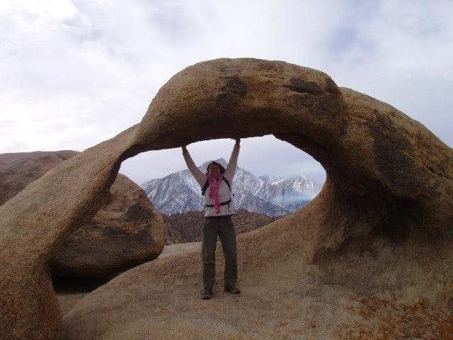 Holding up Mobius Arch