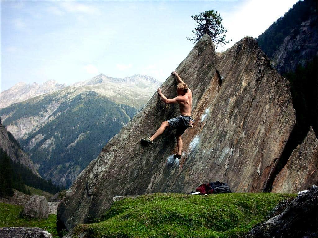 Bouldering wallpaper