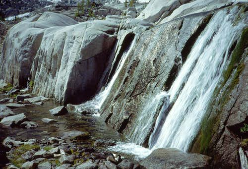 09 Waterfall