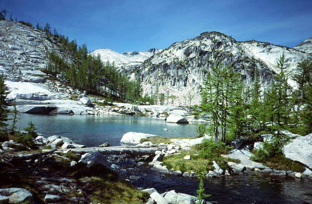 10 Trail across Leprechaun Lake Outlet