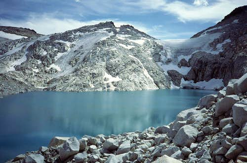 25 Brynhild Lake and Snow Creek Glacier