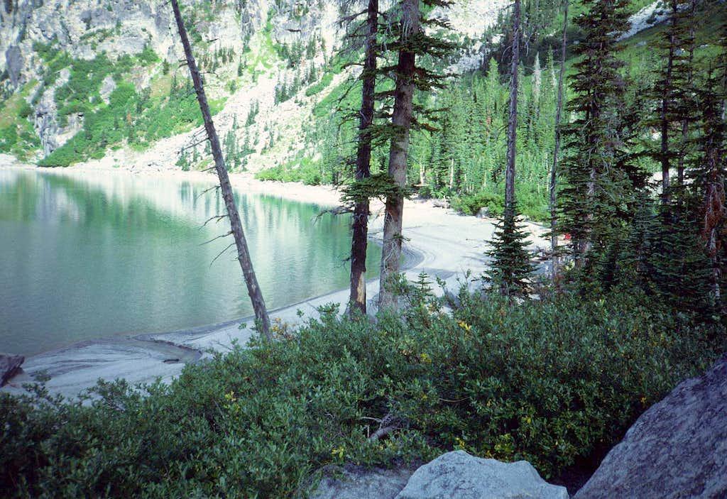 30 Colchuck Lake shore