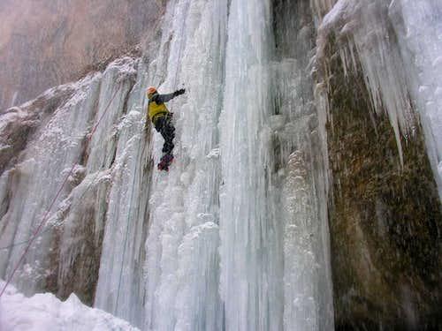 Akhlamad waterfall , Iran .