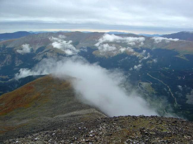 Low clouds begin to envelope...