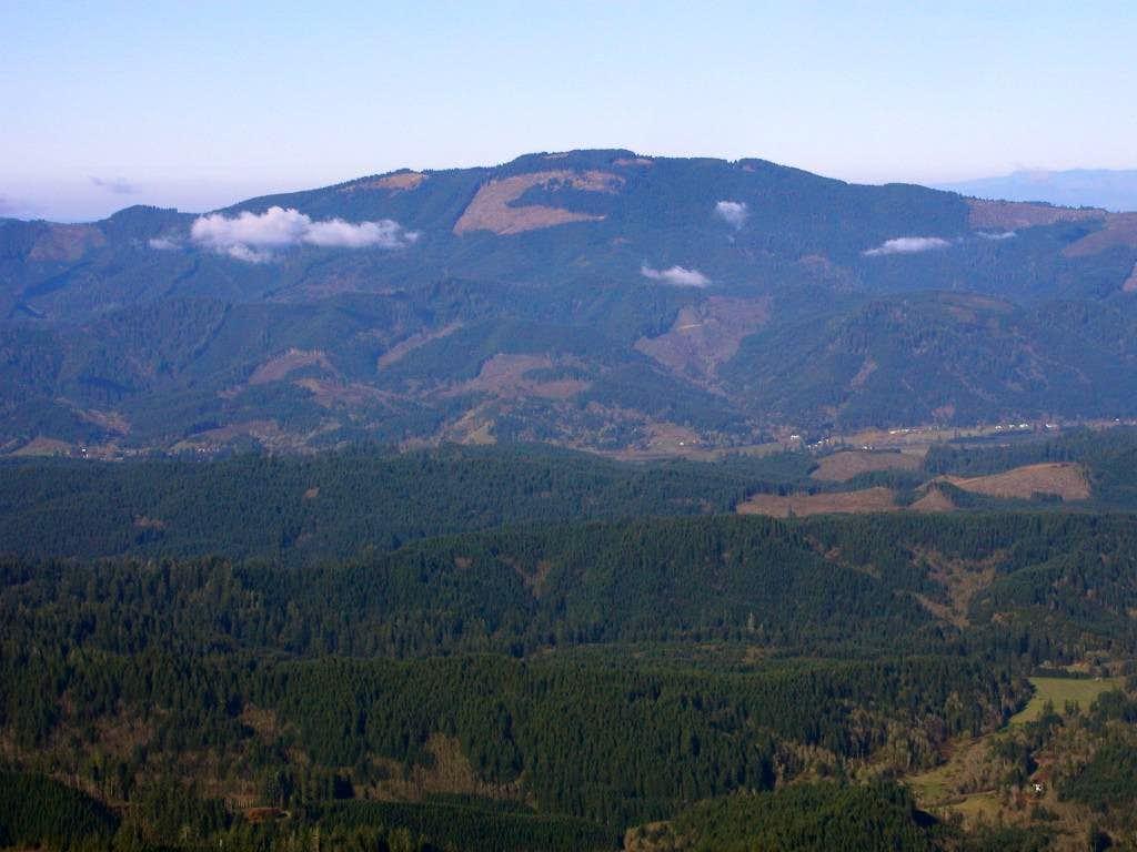 Grass Mountain seen from Prairie Peak