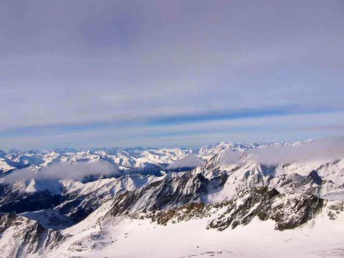 Landscape from the eastern ridgeof Grossglockner