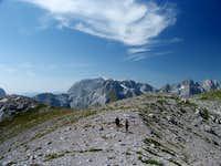 The ridge below Qatat e Verlla