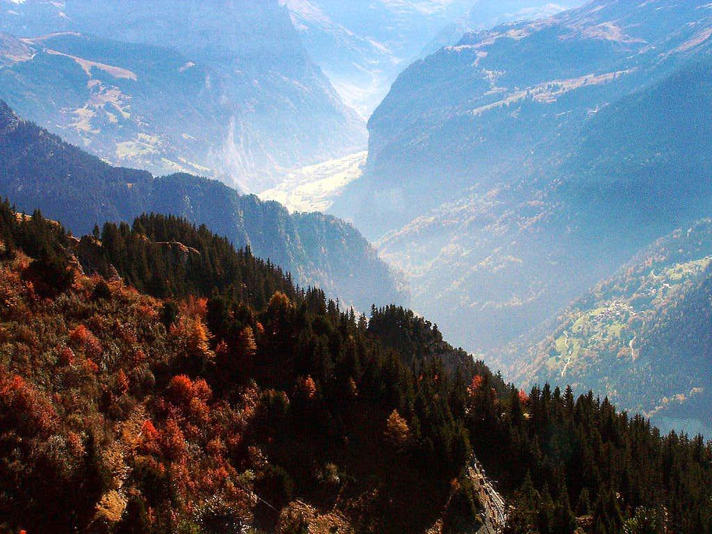 Lauterbrunnen valley in autumn colours