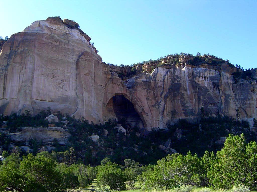 Ventana Arch