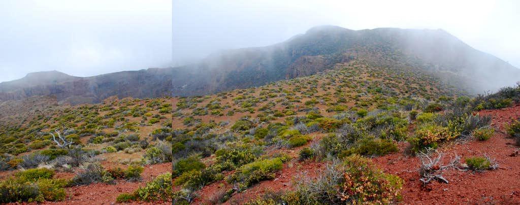 Hanoa Crater & summit