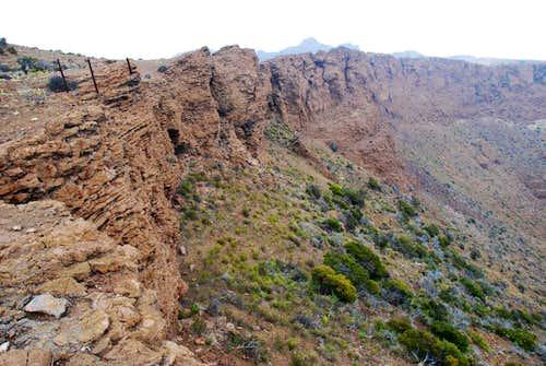 Hanoa Crater rim