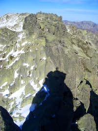 Gredos - Tres Hermanitos (Three Little Brothers) ridge & SHADOWS !