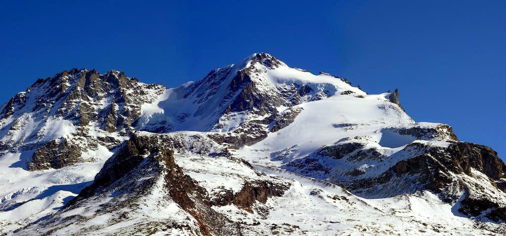 Il Piccolo Paradiso (3926 m)...