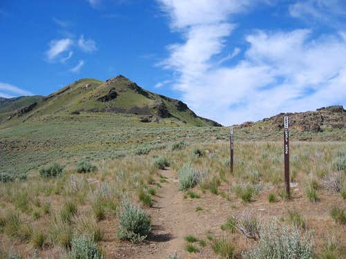 The Trail to Frary Peak