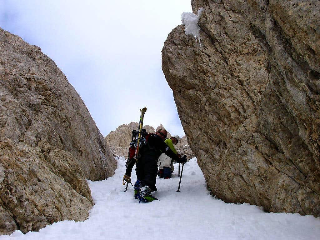 Climbing on Direttissima-2