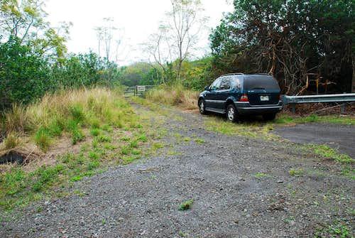 Puhia Pele - east approach parking