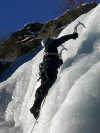 Ice climbing in Valnontey